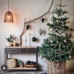 Как украсить дом на Новый год 2022